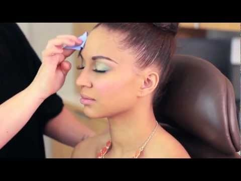 IN THE MAKEUP ROOM WITH LUCKY:  Prom Edition with Nicole Holness