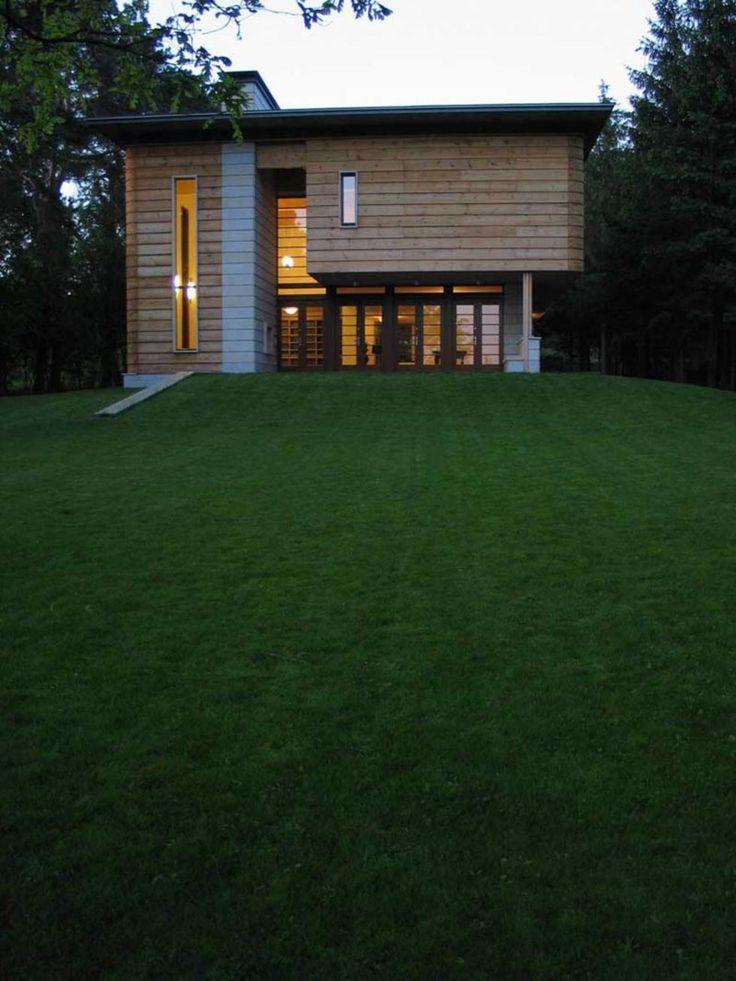 Biuro Projektow Lewicki I Latak, Hanna Dlugosz · Single-family Dwelling House · Divisare