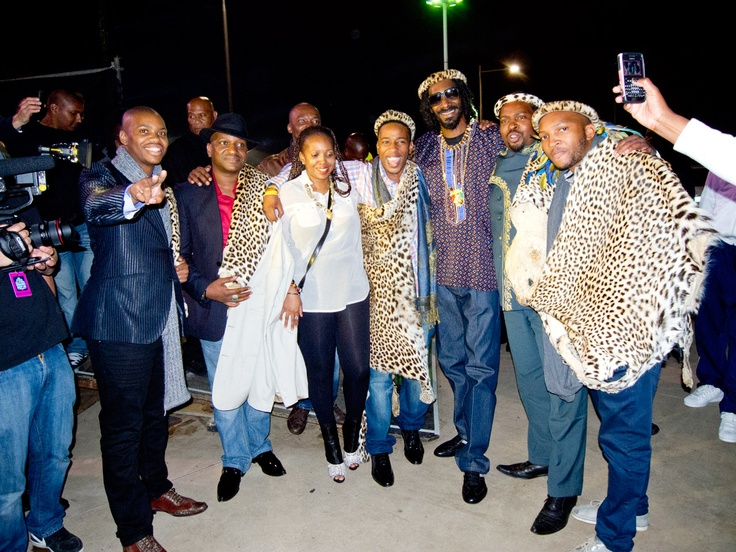 Snoop Lion with Zulu Royal Family.