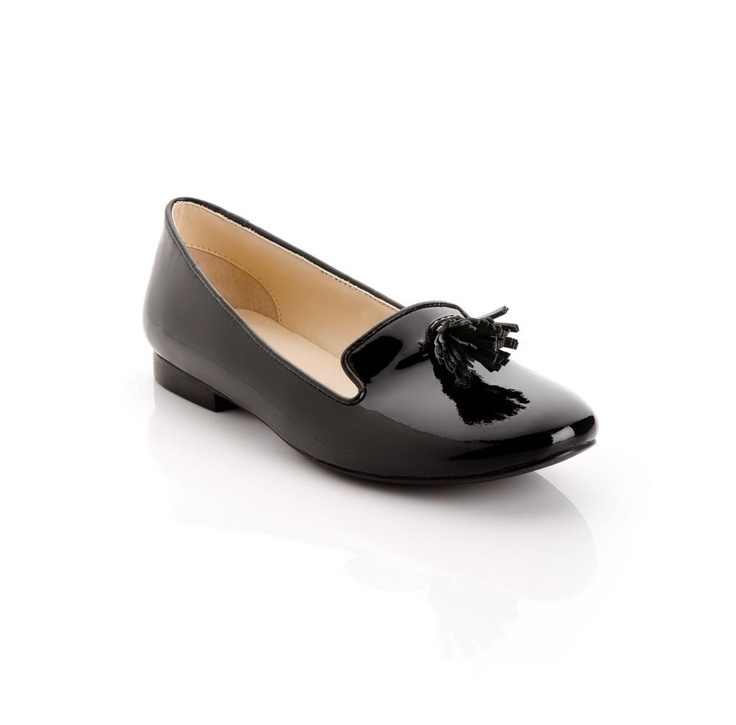 sleek loafers: Leather Flats, Black Loafers, Black Patent Leather, Leather Loafers, Black Shoes, Smoking Slippers, Leather Smoking, Black Tassels, Leather Shoes