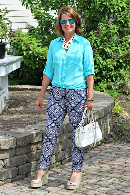 express bahama blue portofino, old navy soft navy white patterned pants, resin link necklace, espadrille wedges, spring summer outfit