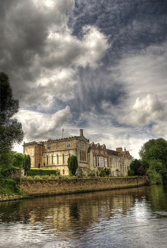 River house..York England.... We row past this all the time! Bishops palace ?