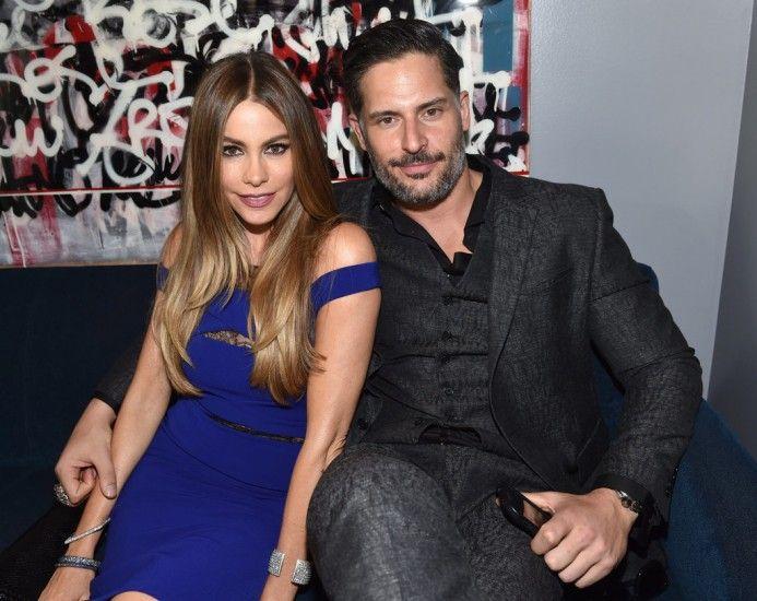 В Голливуде появилась новая горячая семейная пара: Джо Манганьелло и София Вергара поженились