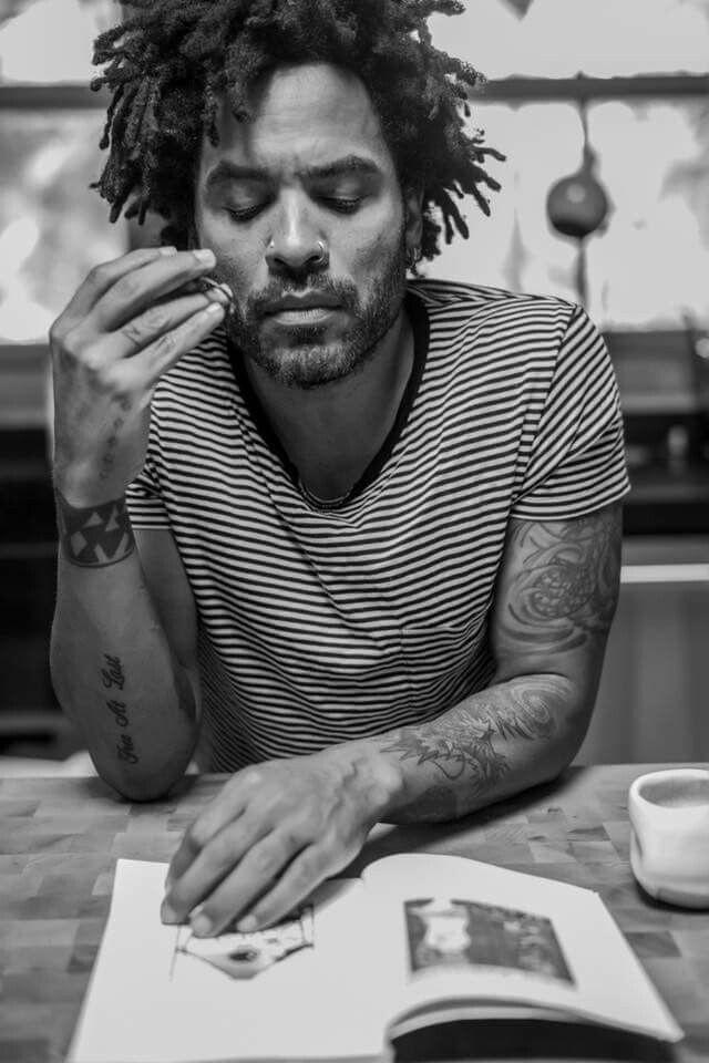 Lenny Kravitz ph M . Bitton
