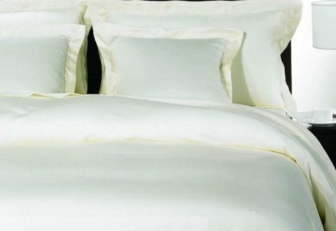 HOTEL QUILT COVERS - BUT 1 GET 1 FREE!