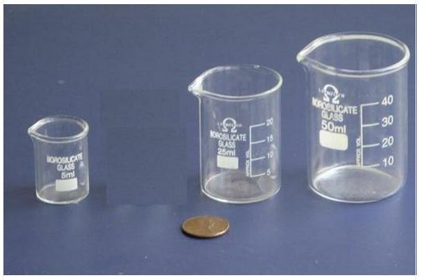 Tiny beakers from Ebay's laybo.shop