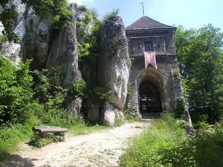 Od zamku do zamku, czyli podróż Szlakiem Orlich Gniazd