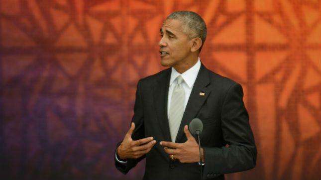 Obama applauds economic progress
