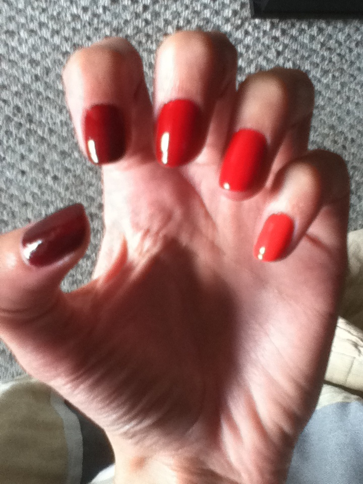 Red ombre nails!