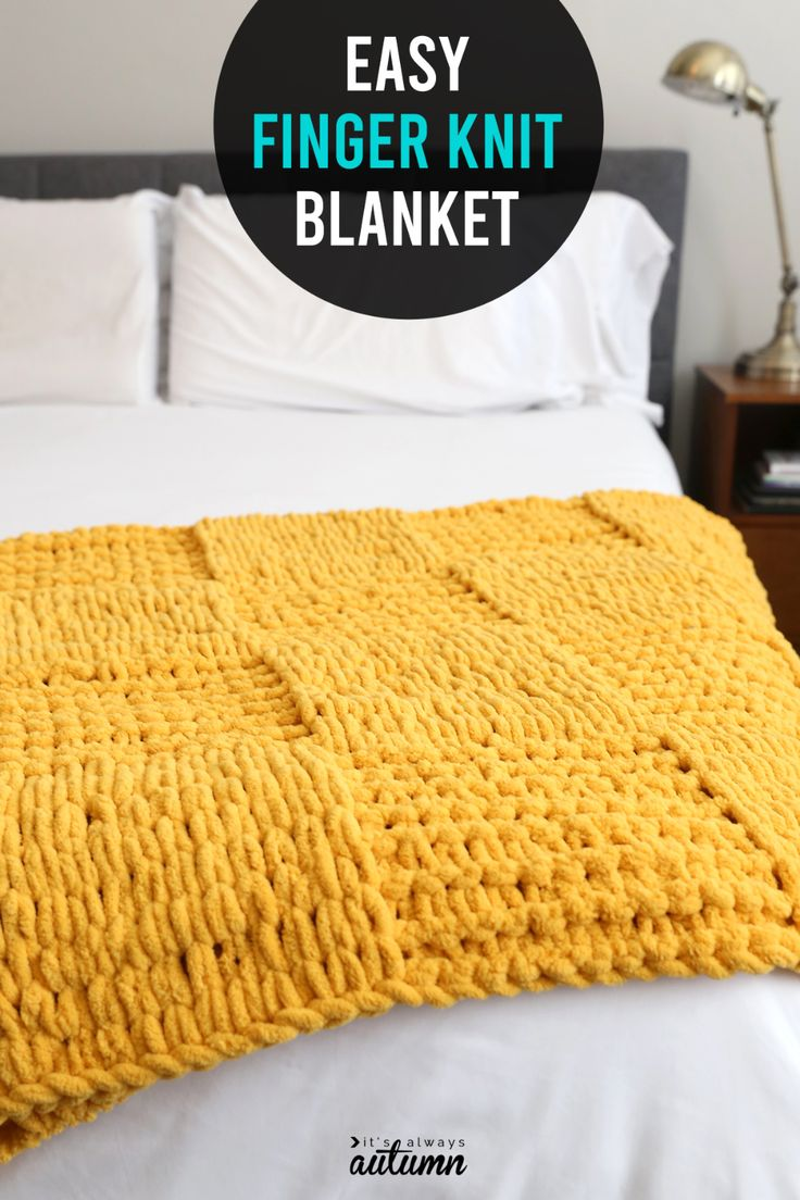 How to Finger Knit a Textured Checkerboard Blanket