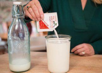 4 beneficii ale kefirului din lapte care ți-ar putea schimba viața! Descoperă calitățile vindecătoare ale lactatelor!