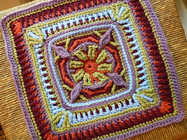 Hummingbird Square. Crochet overlay technique. Pattern by Margaret MacInnis available on Ravelry.