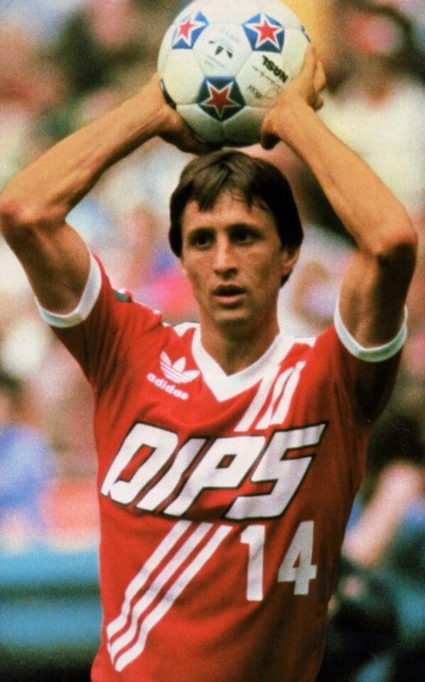 Johan Cruyff #NASL Washington Diplomats 1980/81 pic.twitter.com/hJt2m7f3BE