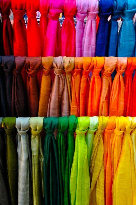 5 Ways To Organize Your Scarves | Hashtag Hijab