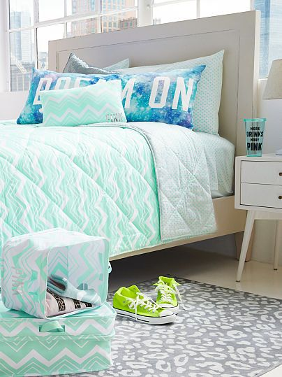 I've never needed something so bad in my entire life. Victoria's Secret Comforter Chevron Mint
