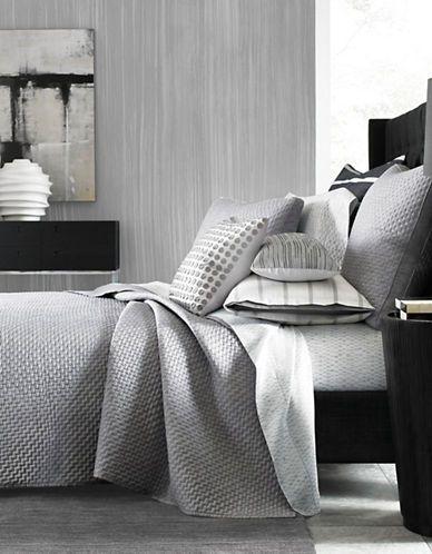 Marques | Couvertures, jetés etcourtepointes  | Colonnade Dusk Quilted Coverlet | La Baie D'Hudson