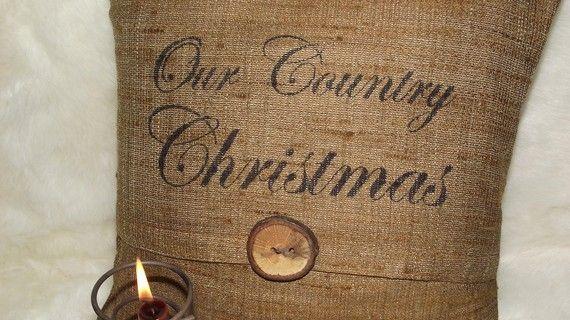 BurlapChristmas Diy, Christmas Time, Burlap Christmas, Cabin Christmas, Christmas Pillows, Burlap Pillows, Burlap Ideas, Christmas Burlap, Cabin Decor