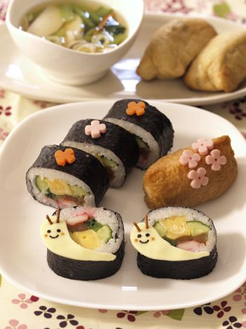 Snail sushi roll
