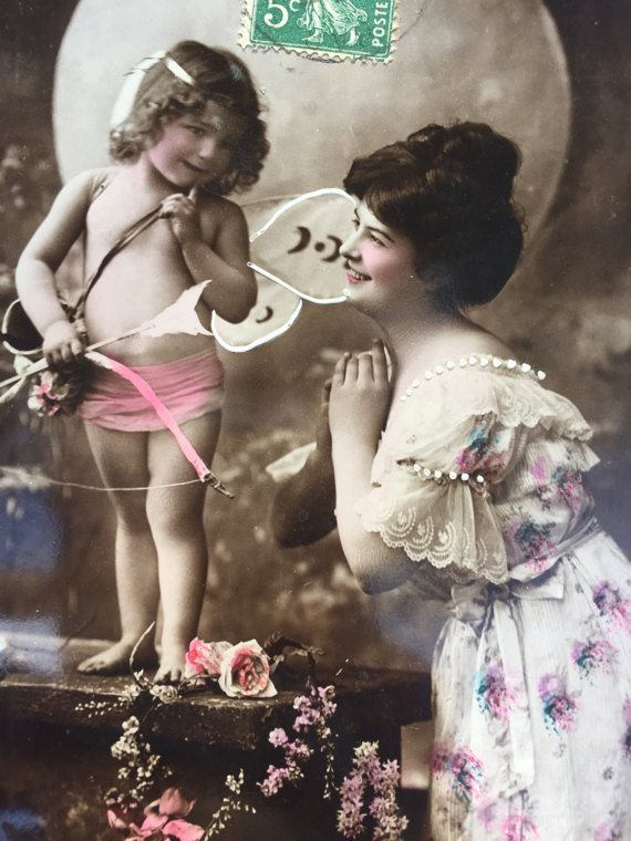 Colorized foto van Baby Cupido en moeder * antieke Franse briefkaart