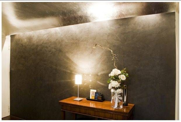 brignola italiaanse decoratie verf workshop verftechnieken jeans glitterverf stucco venetian plasters latex houtbeits metallic antica pleisterwerk  effectlak