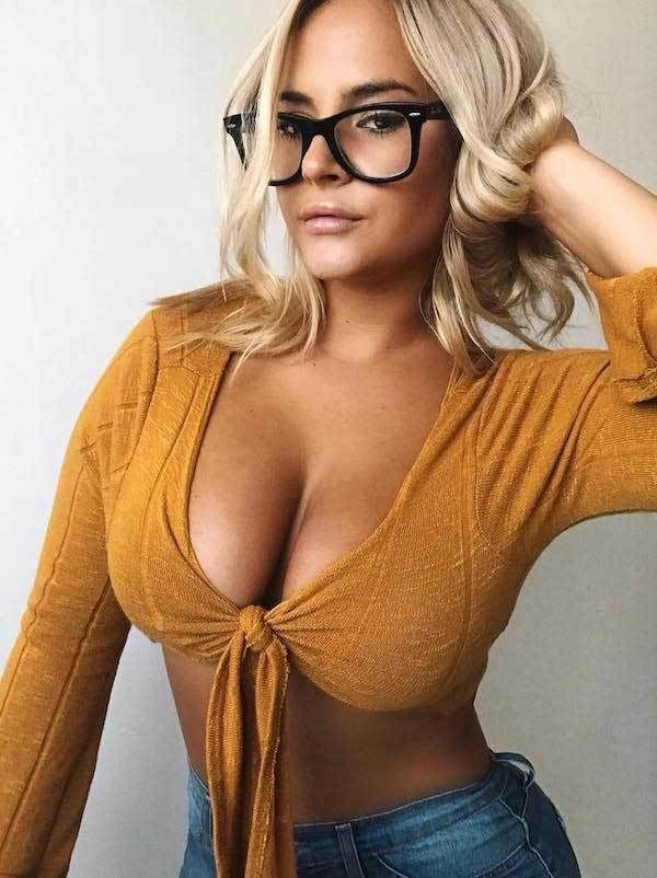 Sexy cleavage