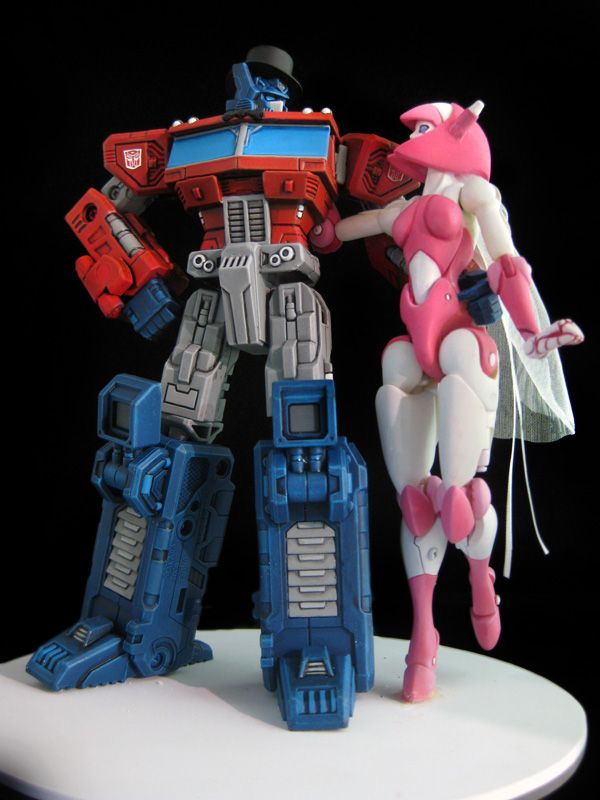 transformers wedding cake toppers 56 best cakes transformers images on boy 21240