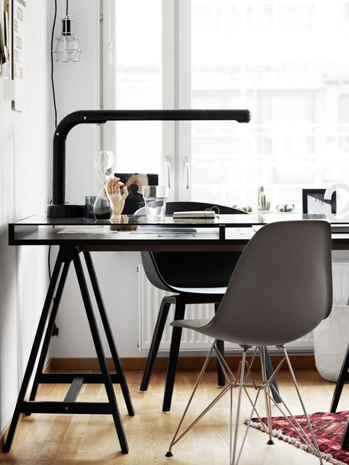 my scandinavian home: Black, white and cosy in Stockholm