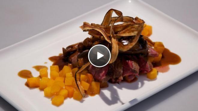 Wilde eend met vanille-portsaus, pompoen en gefrituurde schorseneren - recept | 24Kitchen