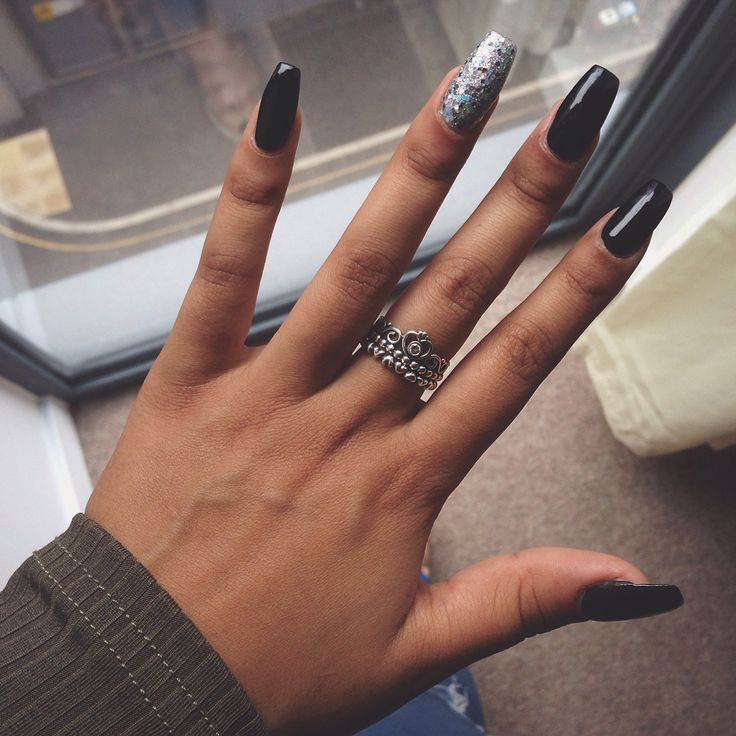 Black coffin shape nails♠️ | love | Pinterest | Cas, Ox ...