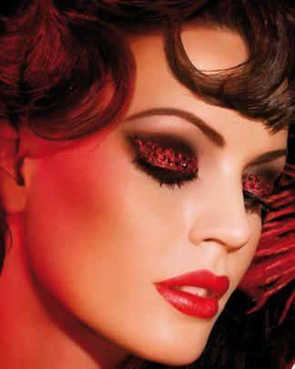les 56 meilleures images du tableau maquillage cabaret. Black Bedroom Furniture Sets. Home Design Ideas