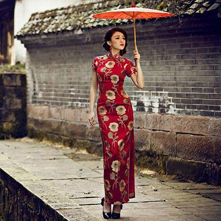 red long cheongsam