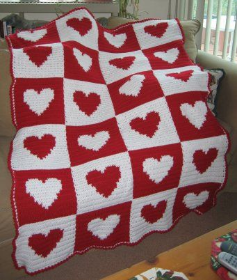 I been wanting to make a heart blanket, this is prob pretty easy huh? I can already make a blanket like this without hearts lol