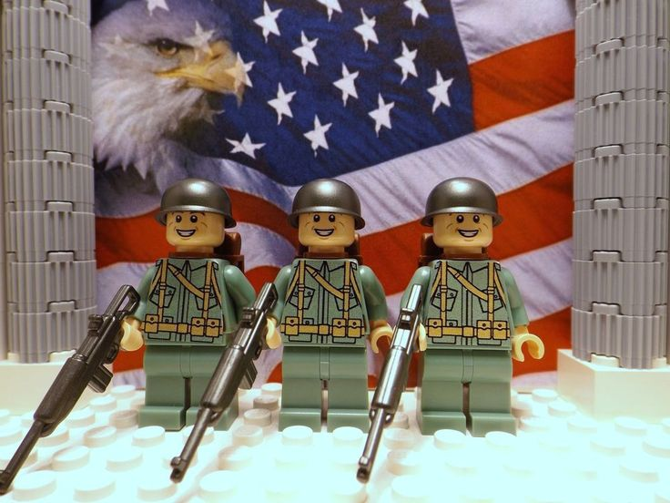 3x LEGO WWII American 101st Airborne 1944 w/ M1 Carbines, M1 Helmets & backpacks