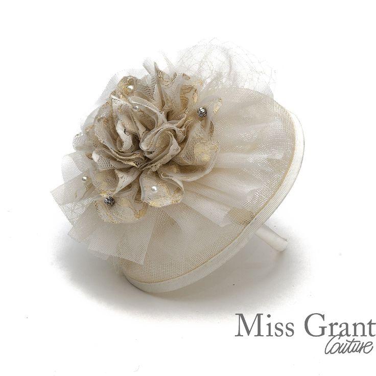 Miss Grant udsalg børnetøj Hårbånd med lille hat og slør tilbud børnetøj