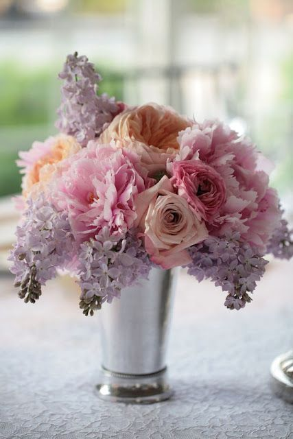 lilacs, roses, peonies .... add in sweetpea, and all my very favorite flowers are there !!