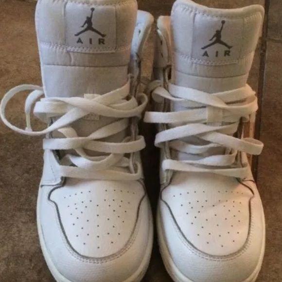 All white Jordan's 1 's No Crease. Kids size 7. Jordan's 1's. No crease Jordan Shoes