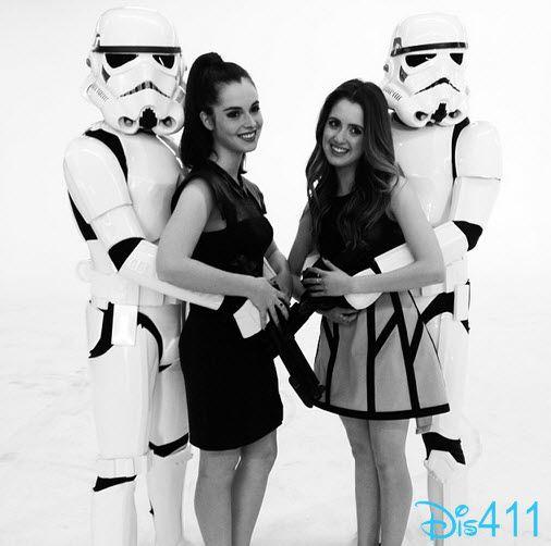 Video: Laura Marano And Vanessa Marano Chatted With Fanlala At The 2014 Kids' Choice Awards