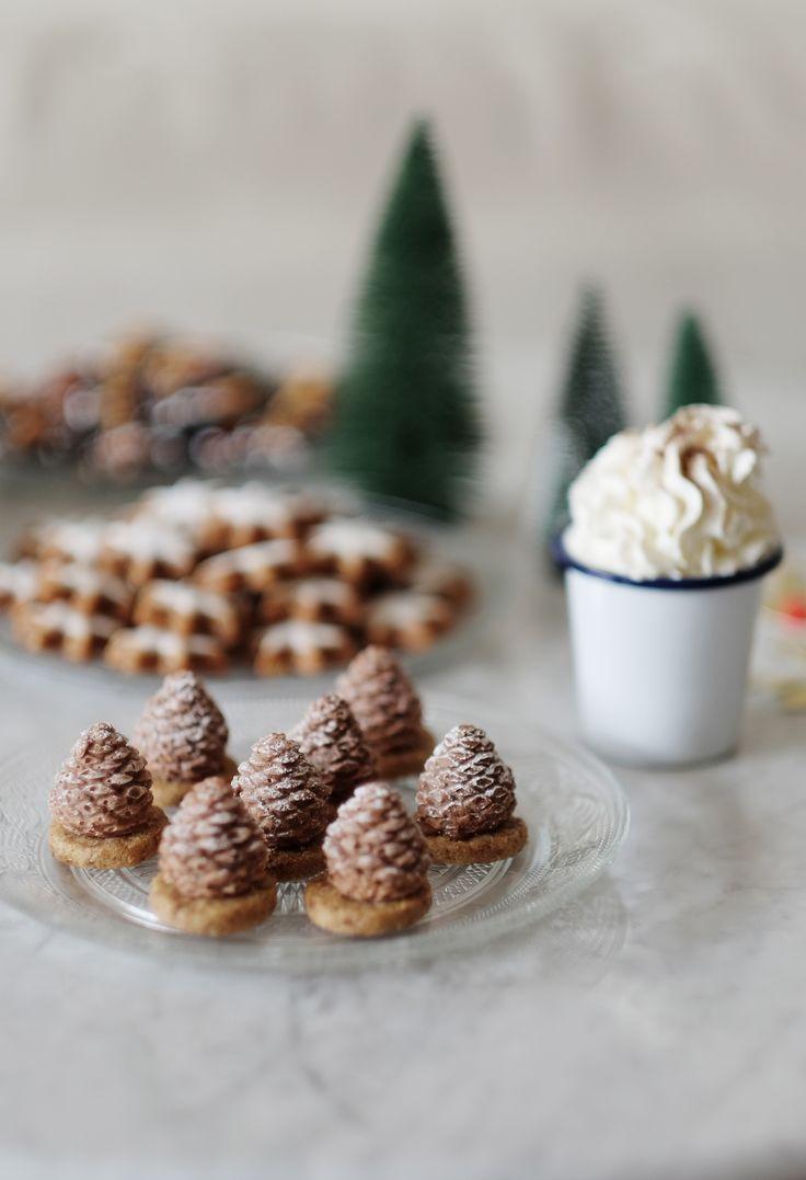 Pommes de pin enneigées :  biscuit croustillant aux noix & une mousse au chocolat praliné #matableausommet
