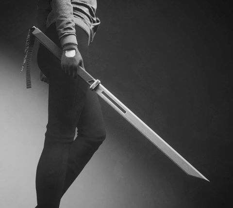 Besides the wicked blade, love the photo composition. #sword