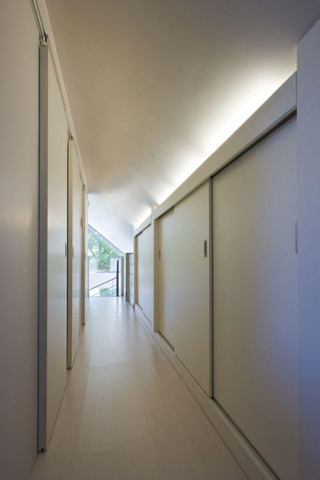 Modern comfort in een klassieke vorm - Ikgabouwen.be Slaapkamers met schuifdeur, kasten op de gang