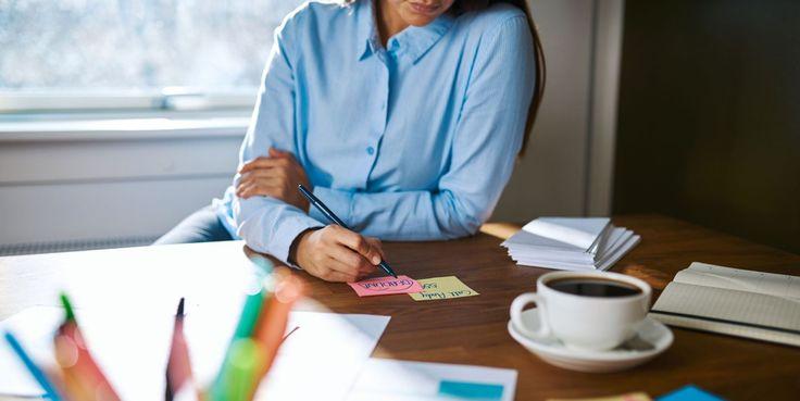 Ein bisschen kreatives #Chaos ist sicherlich erlaubt. Vor allem an einem Montag. Wie du aber den Rest deiner Woche durch cleveres #organisieren entspannt gestalten kannst, erklären wir dir in unserem heutigen Beitrag. https://baloisejobs.com/startseite/organisation-ist-alles #Arbeitsalltag #Karriere #Selbstorganisation