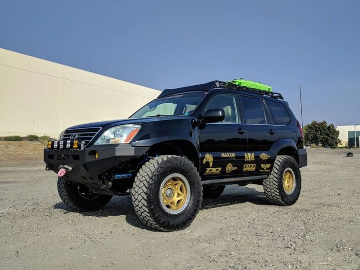 Lifted Lexus GX470 prerunner with 35 inch tires and longtravel suspension for desert racing #lexus #offroad #prerunner #gx470