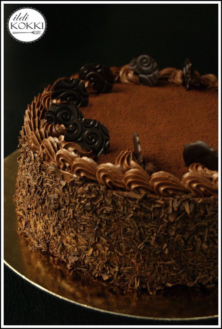 ildi KOKKI : Stefánia torta - vajas, étcsokis krém