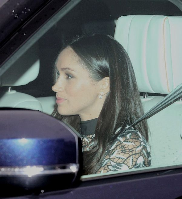 Meghan Markle on her way to the Queen's Pre-Christmas Luncheon at Buckingham Palace. | 20 December 2017