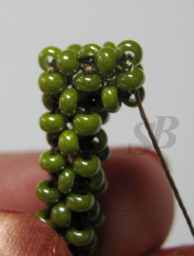 Rotating a square column. Or how to make a turn in a square cord. ~ Seed Bead Tutorials