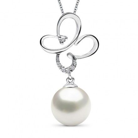 Depicting a delicate flower motif in diamond studded, white gold, above a white pearl, the SpRingstime Promise Pearl Pendant lets you carry a reminder of good things to come.