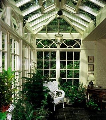 Old Sweetwater Cottage: Green Card Conservatory Decorating