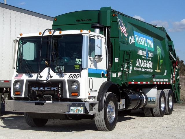 17 Best Garbage Truck Images On Pinterest Garbage Truck