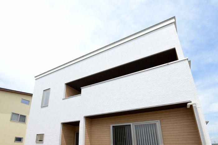 韮崎市 リラクゼーションを実現する家 シンプルモダン 外観 家