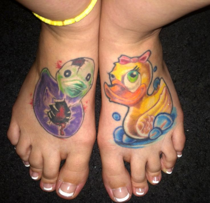 rubber duck tattoos tattoos pinterest wouldn 39 t rubber duck and so cute. Black Bedroom Furniture Sets. Home Design Ideas
